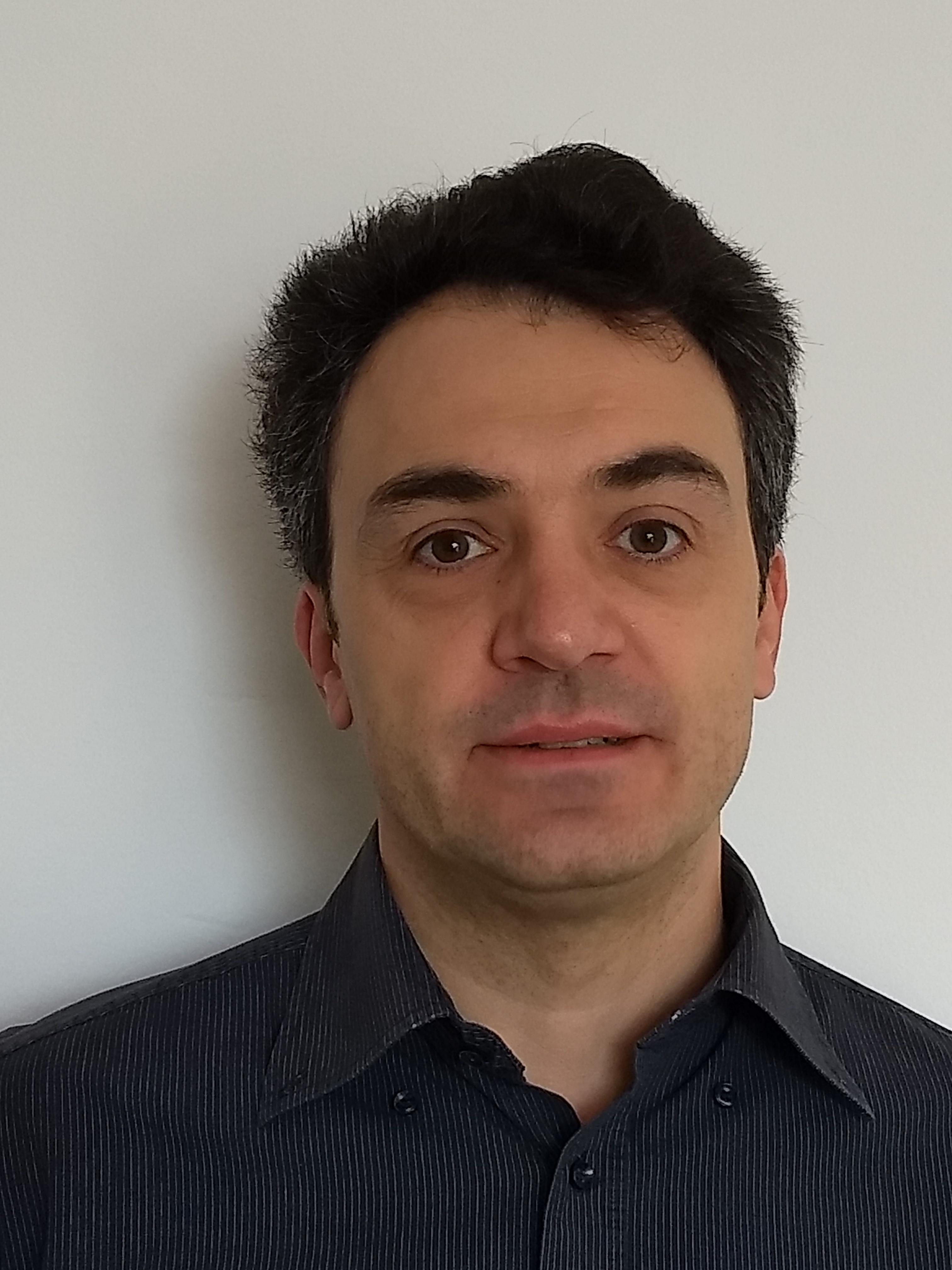 Sandro Azaele